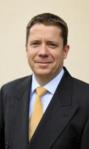 FinanzdirektorHerr Marcus Ballhausen